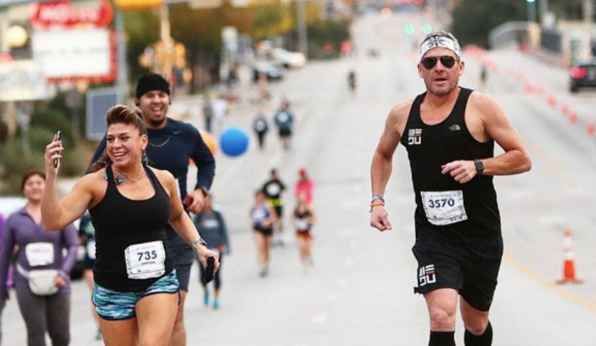 Lance Armstrong vuelve a competir: 3h02 en el Maratón de Austin
