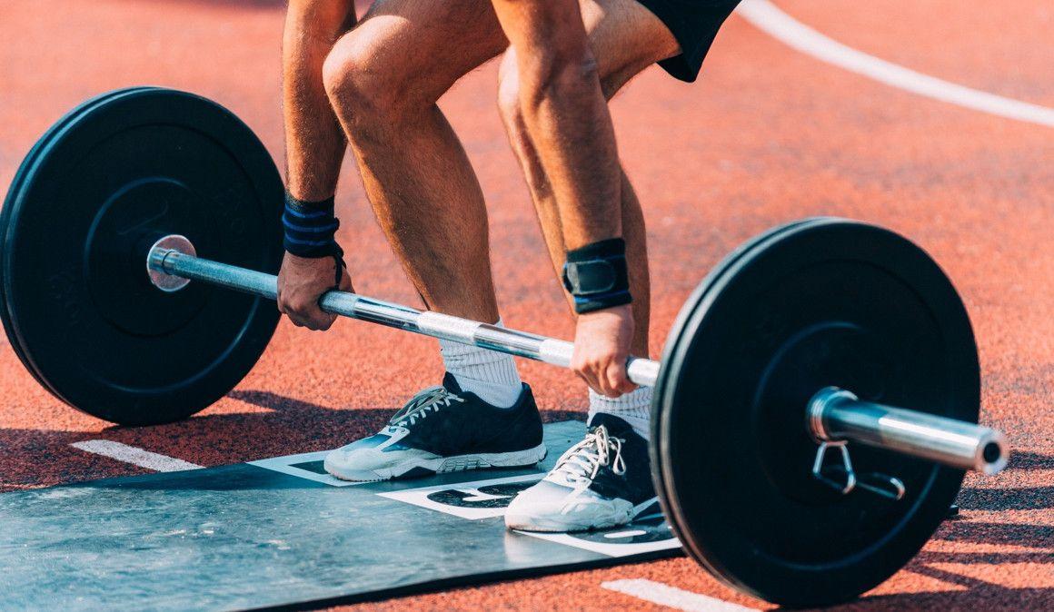Ejercicios de peso muerto: cómo practicarlos correctamente