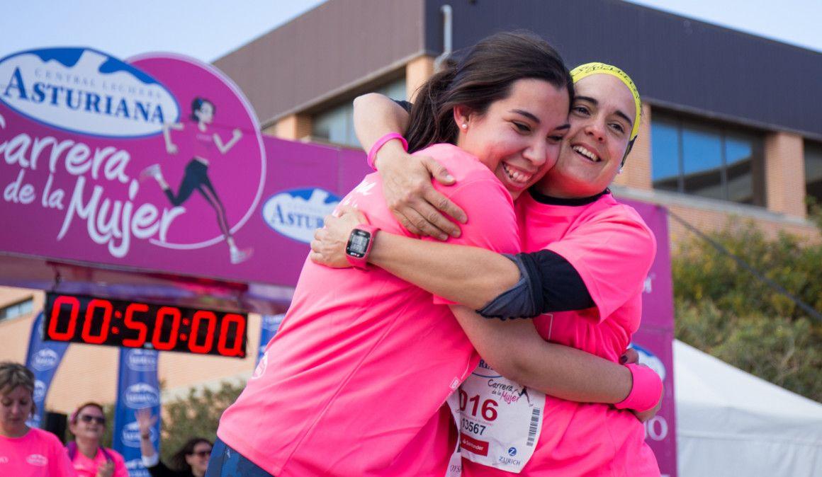 Todas las fotos de la llegada de la Carrera de la Mujer de Valencia