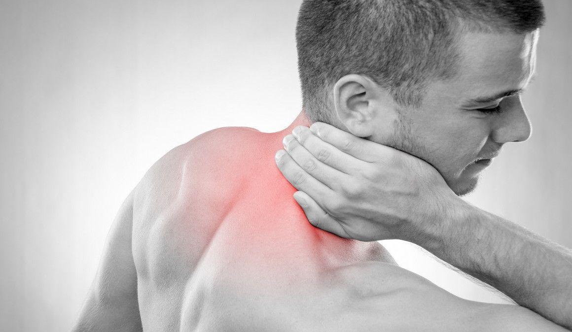 Posibles causas del dolor de cuello: cómo aliviarlo
