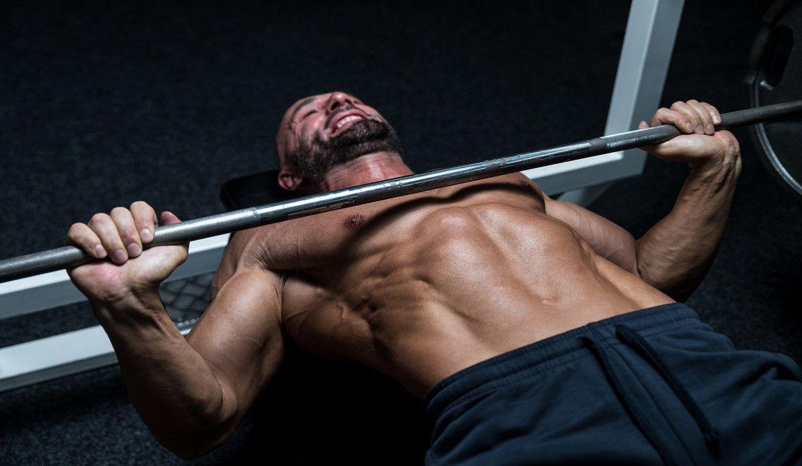 3 ejercicios para ganar músculo en el gimnasio