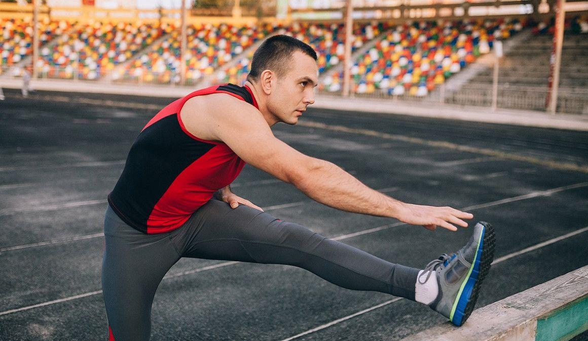 Ejercicios para estirar y evitar lesiones después de la carrera