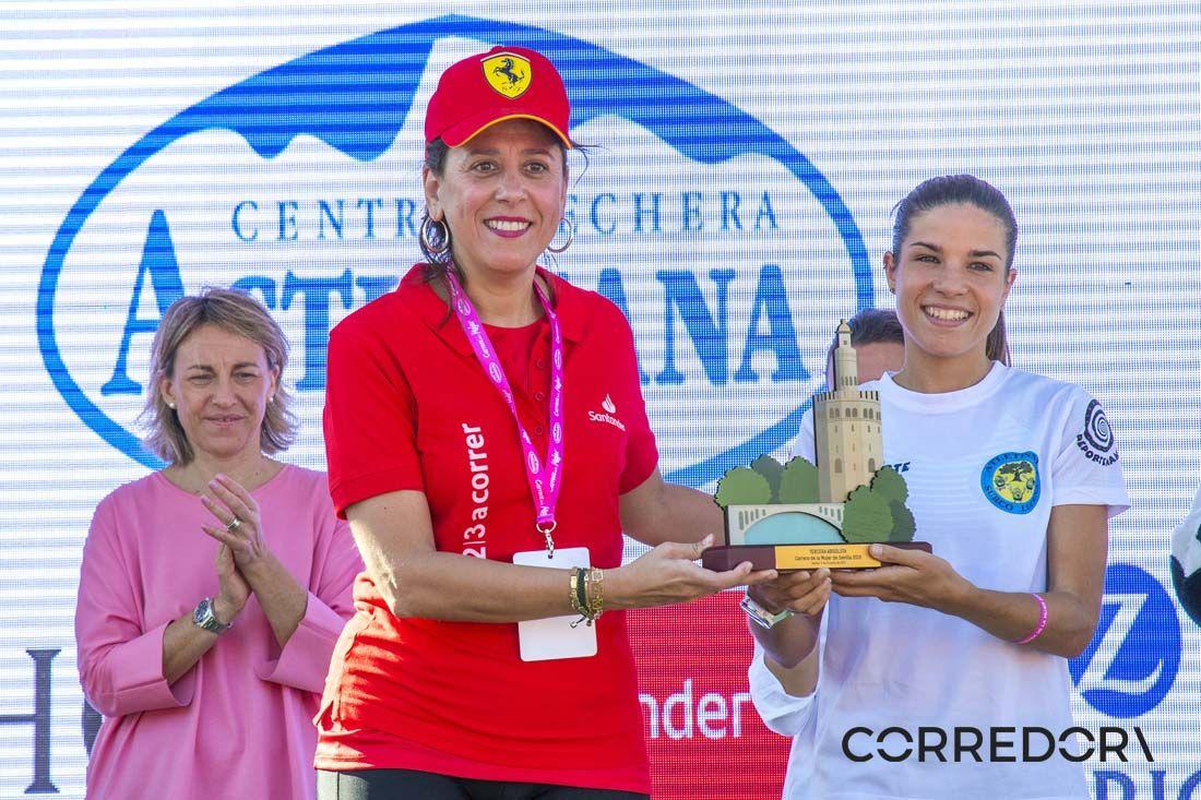 El podio de la Carrera de la Mujer de Sevilla 2019-1