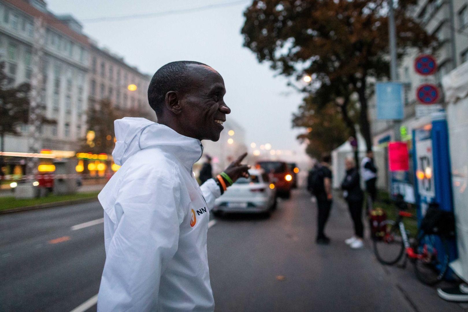 Las mejores fotos de la gesta de Kipchoge en Viena
