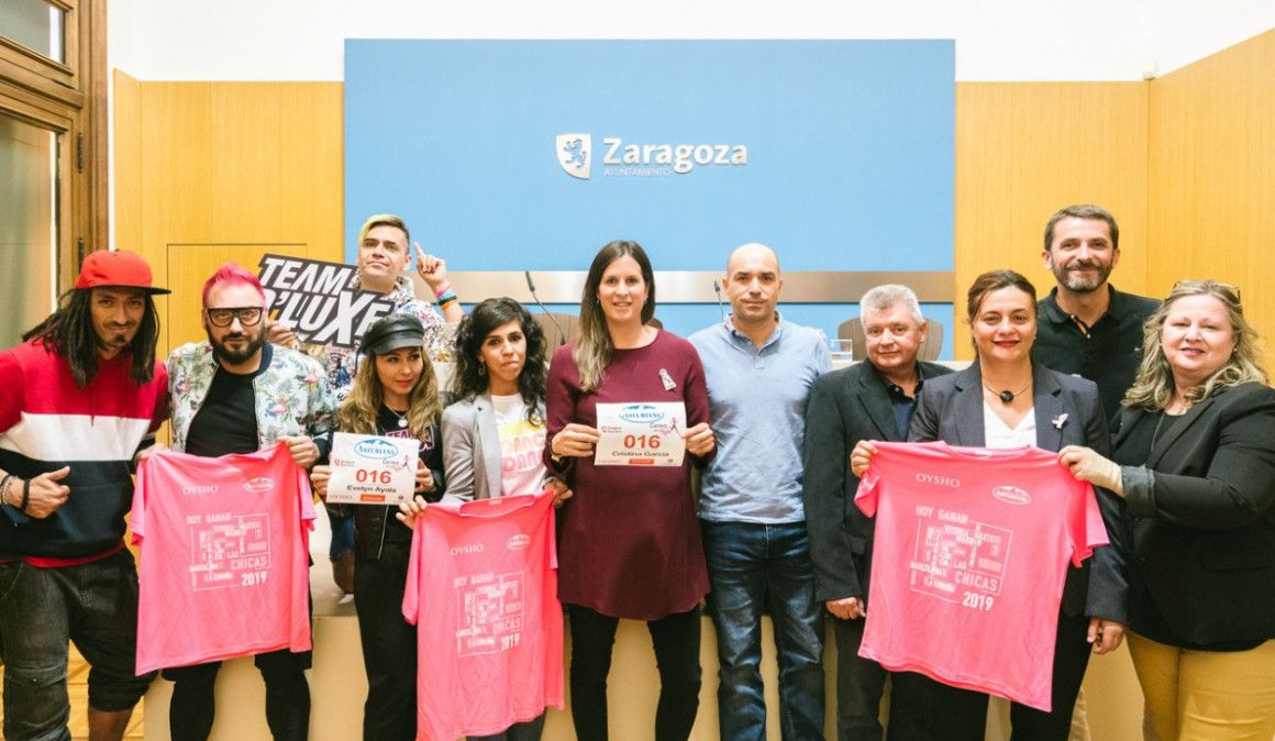 Una Marea Rosa con 13.000 corredoras estrenarán recorrido este domingo en la Carrera de la Mujer de Zaragoza
