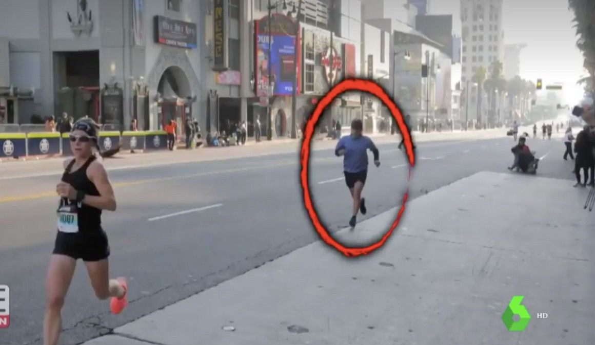 Bate un récord en un maratón y le pillan acortando con una cámara de seguridad