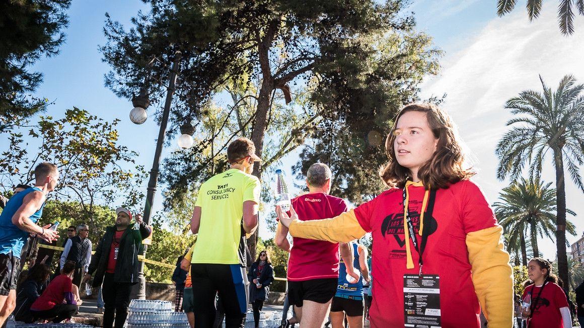 El Medio Maratón y el Maratón Valencia   buscan 'superhéroes' para su voluntariado