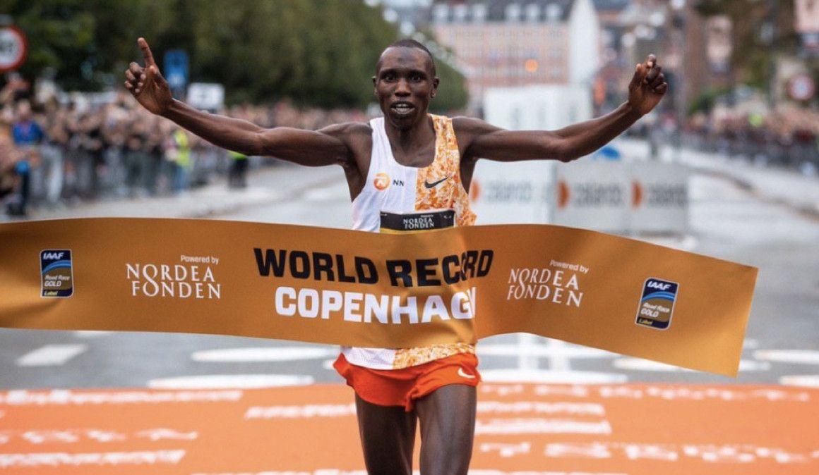 Kamworor, récord del mundo de medio maratón: 58:01, a 2:44 min/km