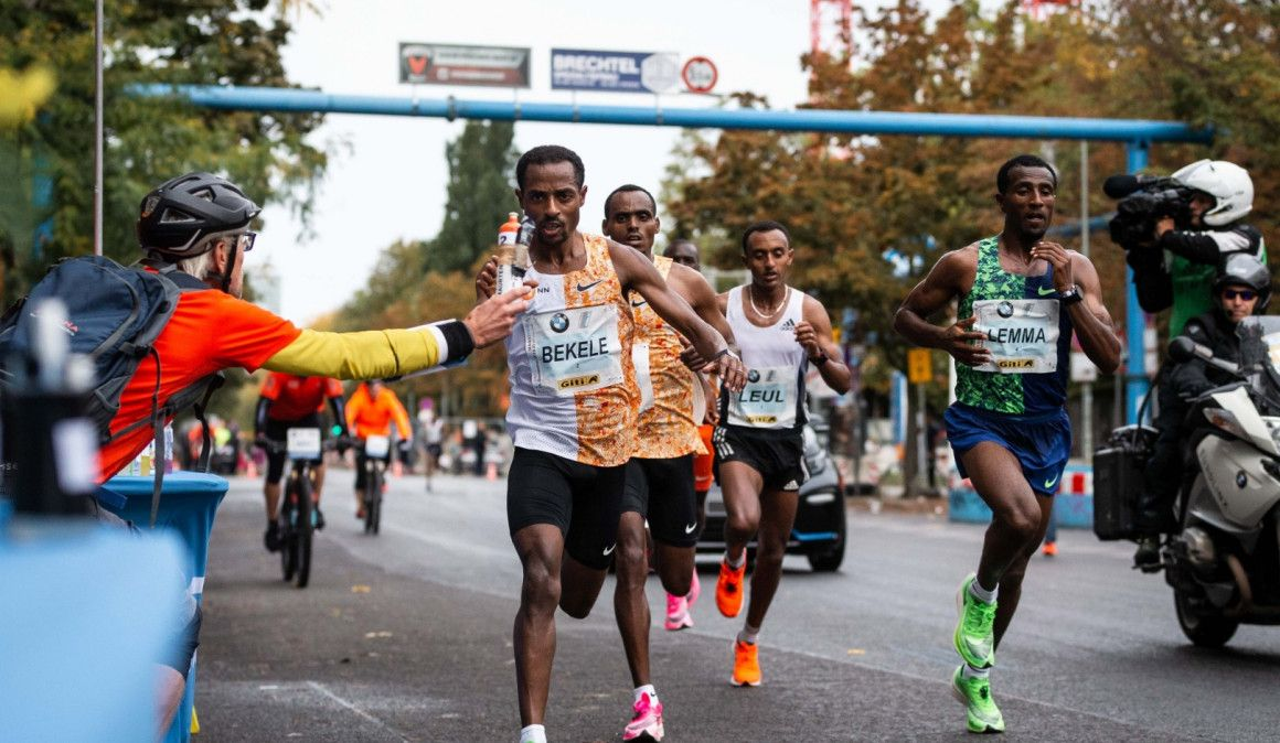 Las zapatillas de los vencedores en el Maratón de Berlín