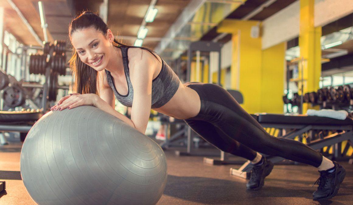 7 ejercicios para ganar fuerza en casa