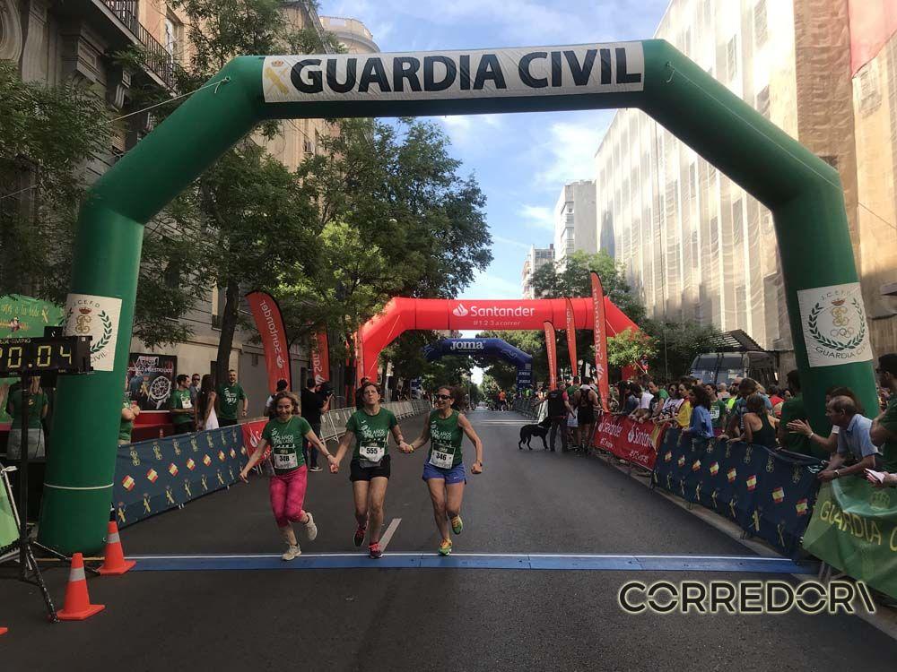Las mejores fotos de la llegada de la Carrera de la Guardia Civil (GALERÍA 38)