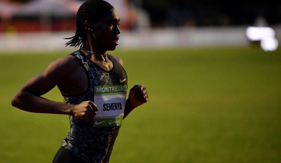 Semenya a lo Bolt: ficha por un equipo de fútbol