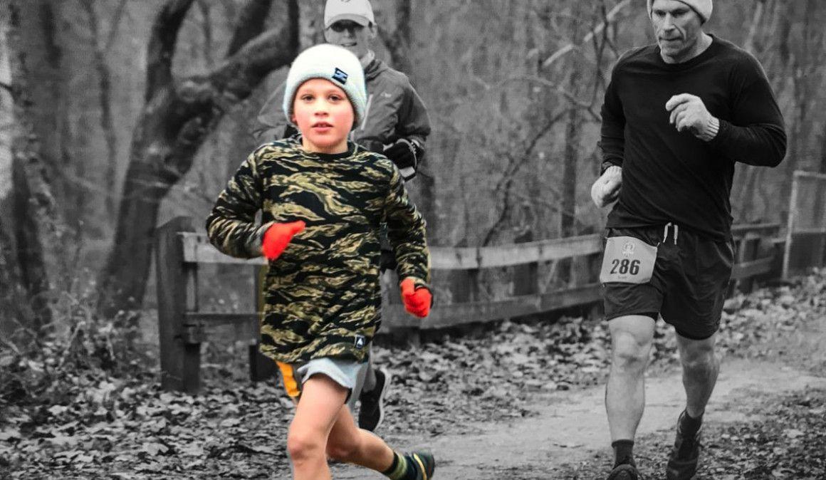 Superó la leucemia y con 8 años corrió el maratón en 3h32