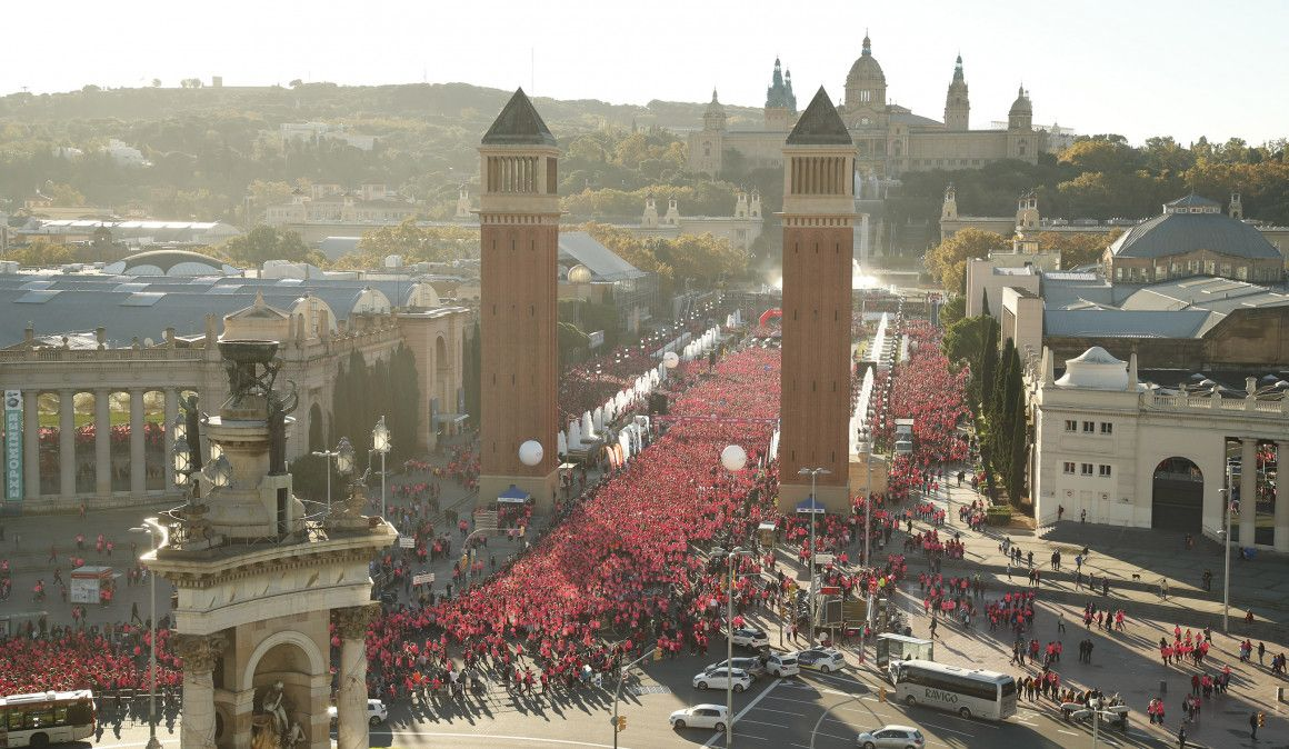 36.000 mujeres teñirán Barcelona de rosa este domingo