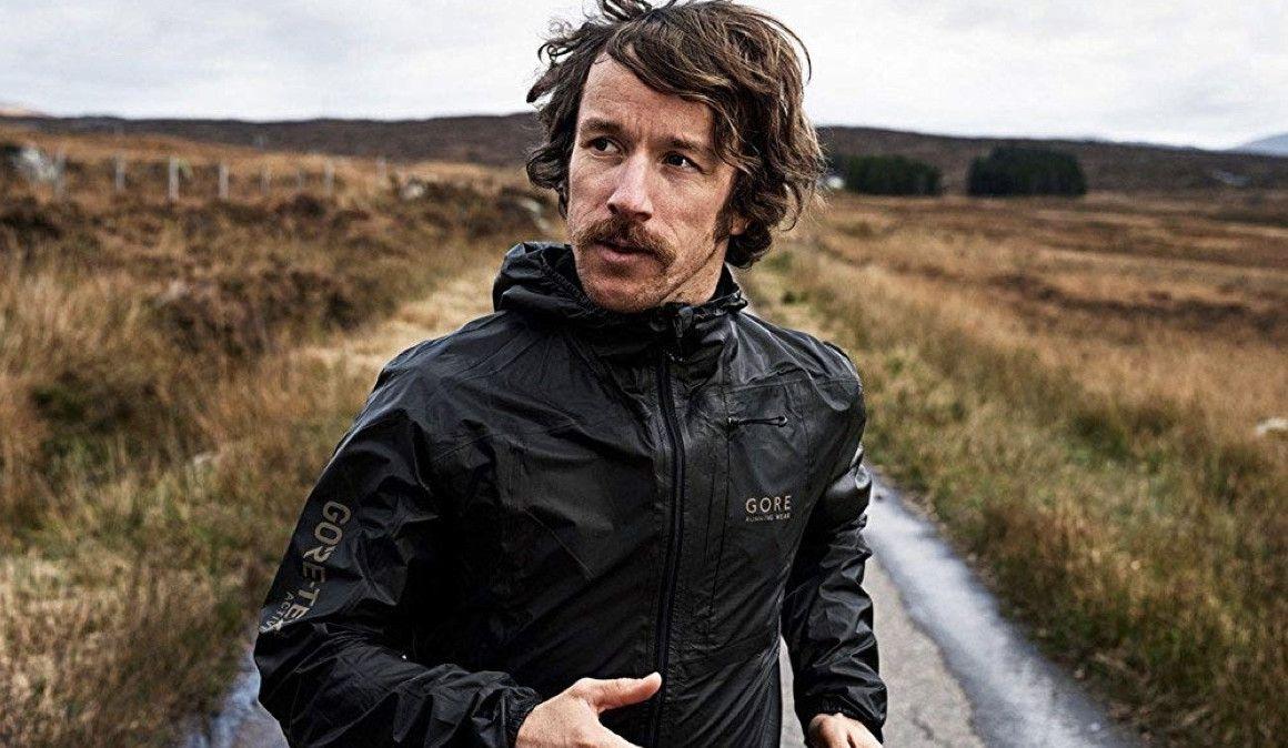 Tres excepcionales chaquetas para correr con frío y lluvia