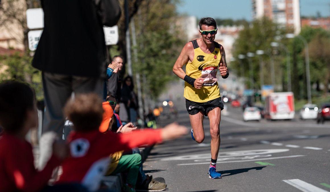 ¿Se prepara igual un maratón llano que uno con muchas cuestas?