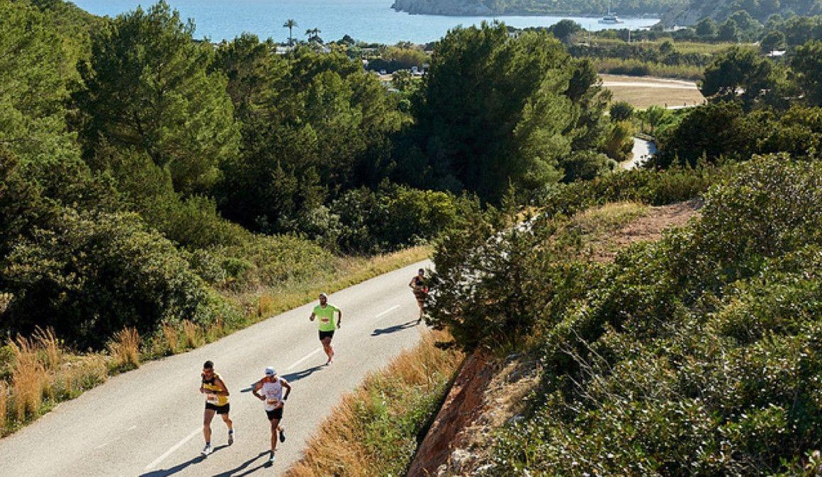 ¿Quién se resiste a un medio maratón en Ibiza?